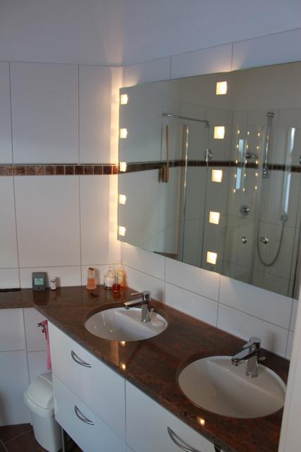 Dusche WC Schlafzimmer mit Ankleide